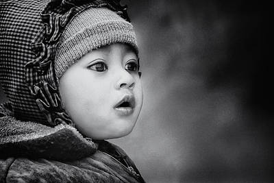 Child Portrait Photograph - The Kid From Sarangkot by Piet Flour