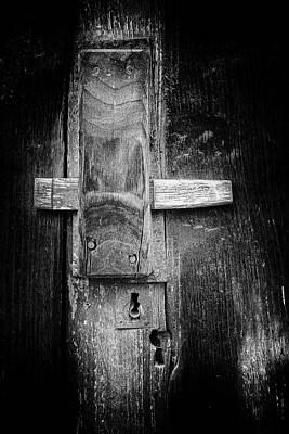 Photograph - The Last Door by Edgar Laureano