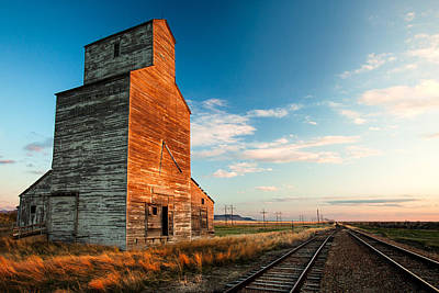 Grain Elevator Photograph - The Last Light At Laredo by Todd Klassy