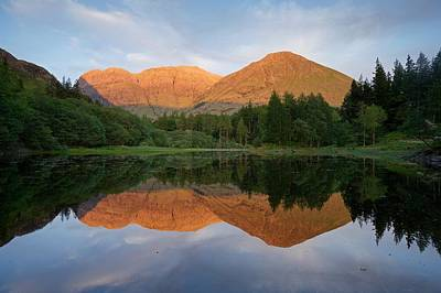 Photograph - The Last Of The Light Hits Bidean Niam Ban by Stephen Taylor