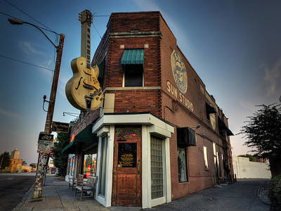 Rock N Roll Photograph - The Legendary Sun Studio 002 by Lance Vaughn