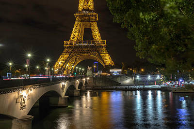 Photograph - The Lights Of Paris by Everet Regal