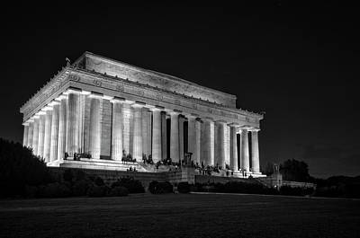 Stars Photograph - The Lincoln Memorial At Night In Black And White by Greg Mimbs