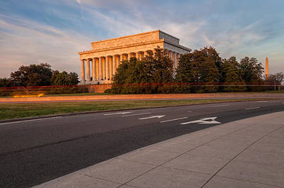 Photograph - The Lincoln Memorial by Jonathan Nguyen