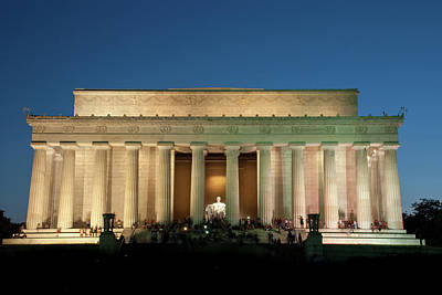 Photograph - The Lincoln Memorial by Mark Dodd