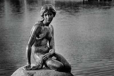 Photograph - The Little Mermaid by Michael Niessen