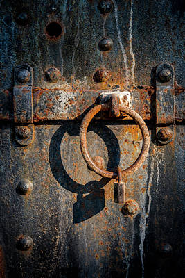 Photograph - The Lock by Gary Lengyel