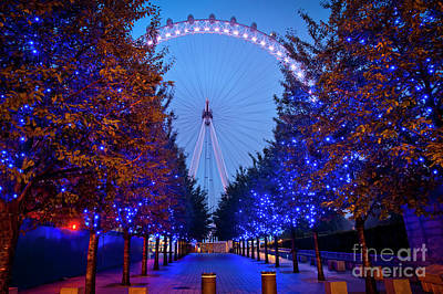 Photograph - The London Eye At Night by Donald Davis