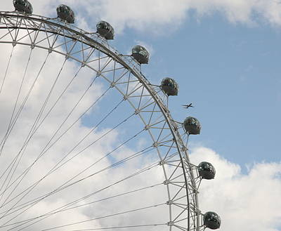 Airoplane Photograph - The London Eye by Christopher Rowlands