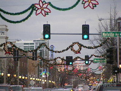 Photograph - The Loop In Holiday Gear by Nancy Kane Chapman