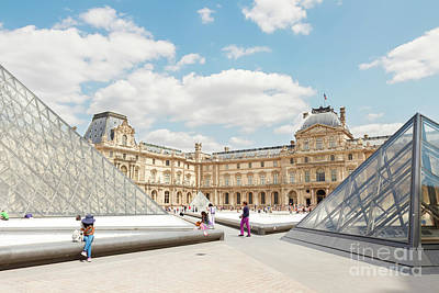 Que Photograph - The Louvre Art Museum  by Anastasy Yarmolovich