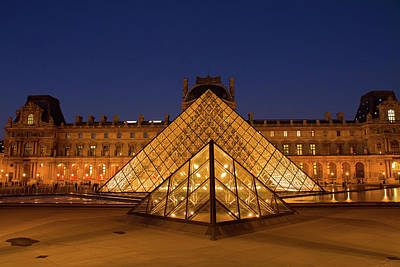 Que Photograph - The Louvre Art Museum  In Paris by Anastasy Yarmolovich
