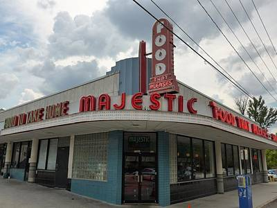 Photograph - The Majestic Diner by James Calemine