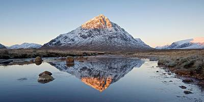 Photograph - The Majestic Peak Of Stob Dearg by Stephen Taylor