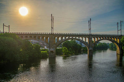 Photograph - The Manayunk Bridge At Sunrise by Bill Cannon