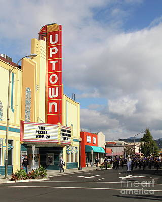 Photograph - The Marching Band At The Uptown Theater In Napa California 7d8925 by San Francisco
