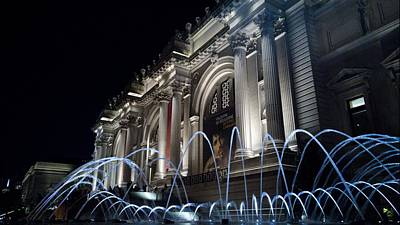 Photograph - The Met Museum At Night by Cameron Dixon