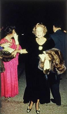 Photograph - The Met Set Brooke Astor by Tony Palmieri