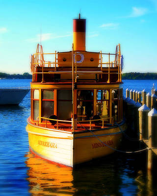 Steamboat Photograph - The Minnehaha by Perry Webster