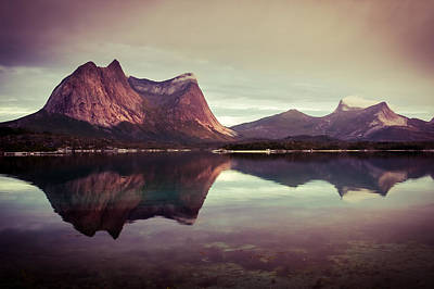 Photograph - The Mirroring by Radek Spanninger