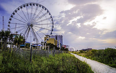 Photograph - The Myrtle Beach, South Carolina Skywheel At Sunrise. by David Smith