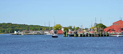 The Mystic Seaport Art Print by Bill Cannon