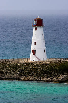 Photograph - The Nassau Lighthouse by Ed Gleichman