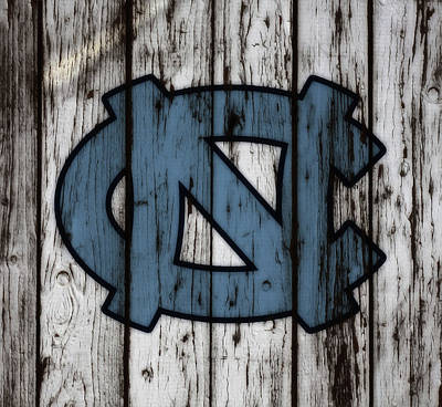 Mixed Media - The North Carolina Tarheels W7 by Brian Reaves