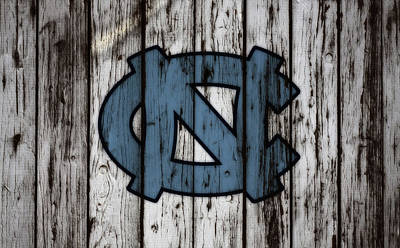 Mixed Media - The North Carolina Tarheels W8 by Brian Reaves