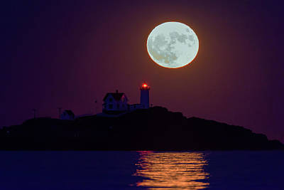 The Nubble And The Full Moon Art Print by Rick Berk