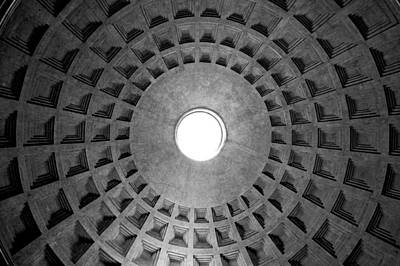 Pantheon Photograph - The Oculus by Fabrizio Troiani