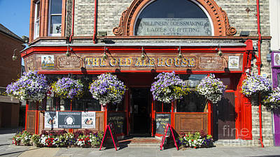 Hanging Baskets Photograph - The Old Ale House  by Rob Hawkins