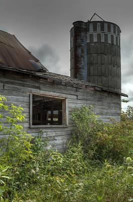 Photograph - The Old Barn by Deb Buchanan