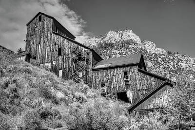 Photograph - The Old Bayhorse Mine by Richard J Cassato