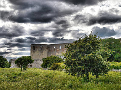Photograph - The Old Castle Of Borgholm by Jouko Lehto