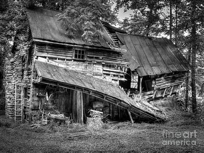 Photograph - The Old Homestead by Douglas Stucky