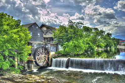 The Old Mill Pigeon Forge Tn Art Print by Reid Callaway