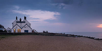 Neptune Wall Art - Photograph - The Old Neptune Whitstable by Ian Hufton