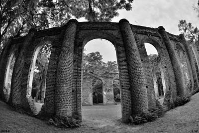 Photograph - The Old Sheldon Church Ruins Black And White 2 by Lisa Wooten