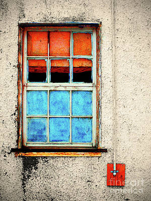 Photograph - The Old Window by Tara Turner