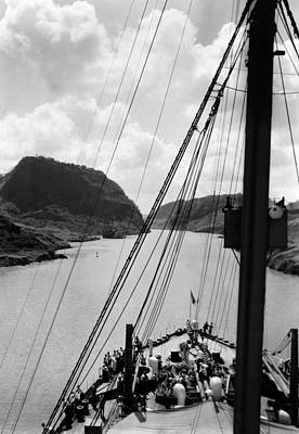 Ev-in Photograph - The Panama Canal, Circa 1939 by Everett