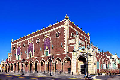 Asbury Park Photograph - The Paramount Theater In Asbury Park by Olivier Le Queinec