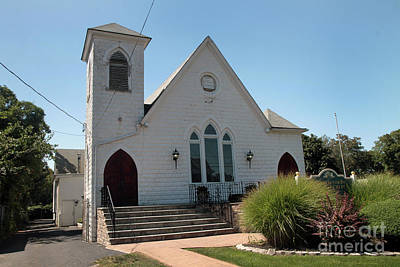 Photograph - The Patchogue Seventh Day Adventist Church by Steven Spak
