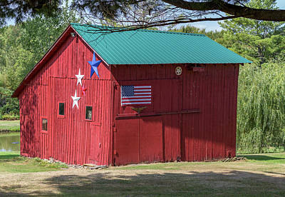 Independence Day Flag Mixed Media - The Patriotic Barn by Capt Gerry Hare