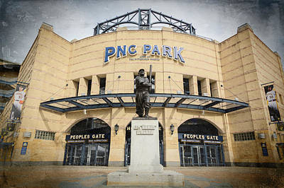 Roberto Photograph - The Peoples Gate - Pnc Park #2 by Stephen Stookey