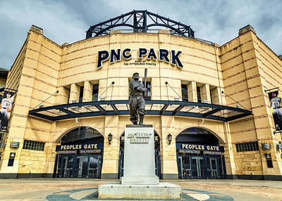 Roberto Photograph - The Peoples Gate - Pnc Park #4 by Stephen Stookey