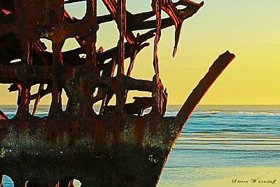 Peter Iredale Photograph - The Peter Iredale 4 by Steve Warnstaff