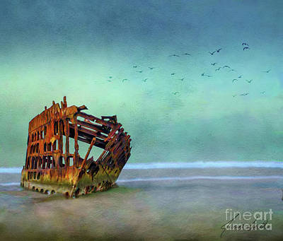 Peter Iredale Digital Art - The Peter Iredale by Janine Smith