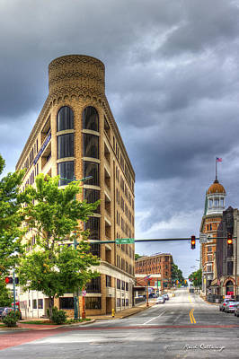 Photograph - The Pie Stops Here One Central Plaza Chattanooga Tn by Reid Callaway