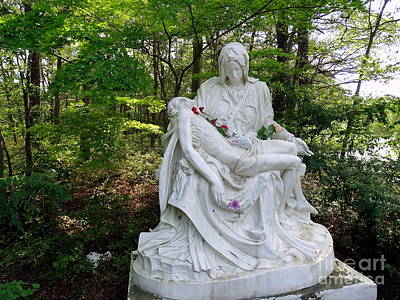Photograph - The Pieta In Forest by Ed Weidman